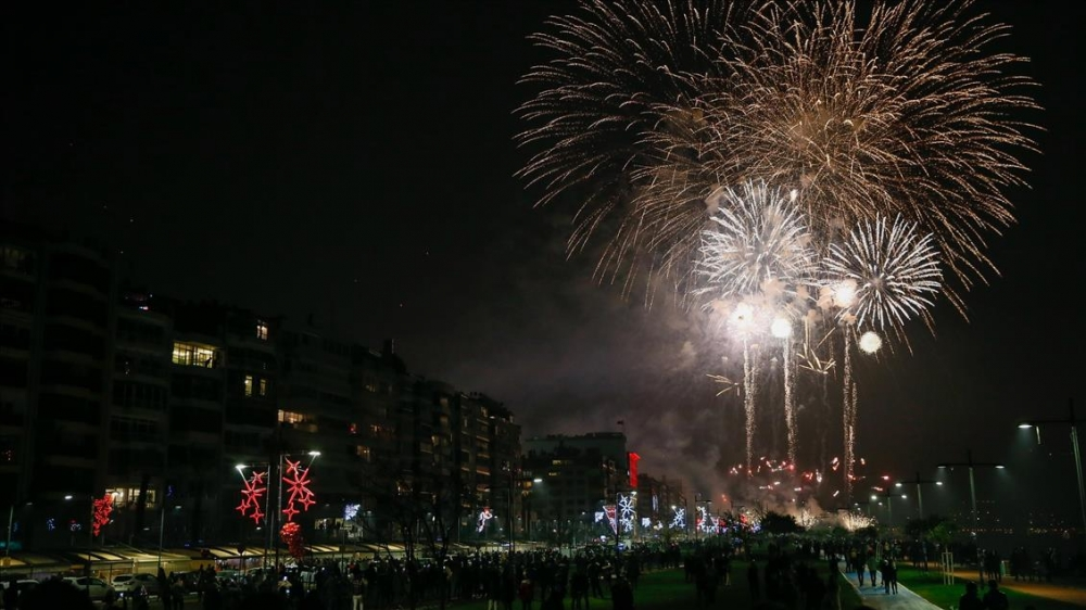 Ankara'da yılbaşı kutlamaları galerisi resim 1