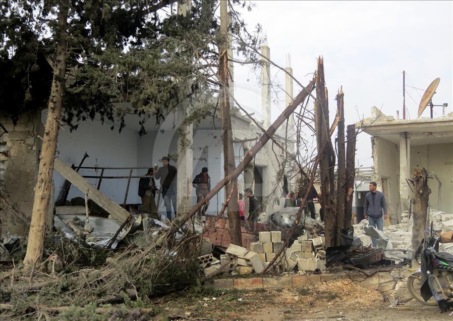 Esed'in İdlib'e hava saldırıları devam ediyor galerisi resim 4