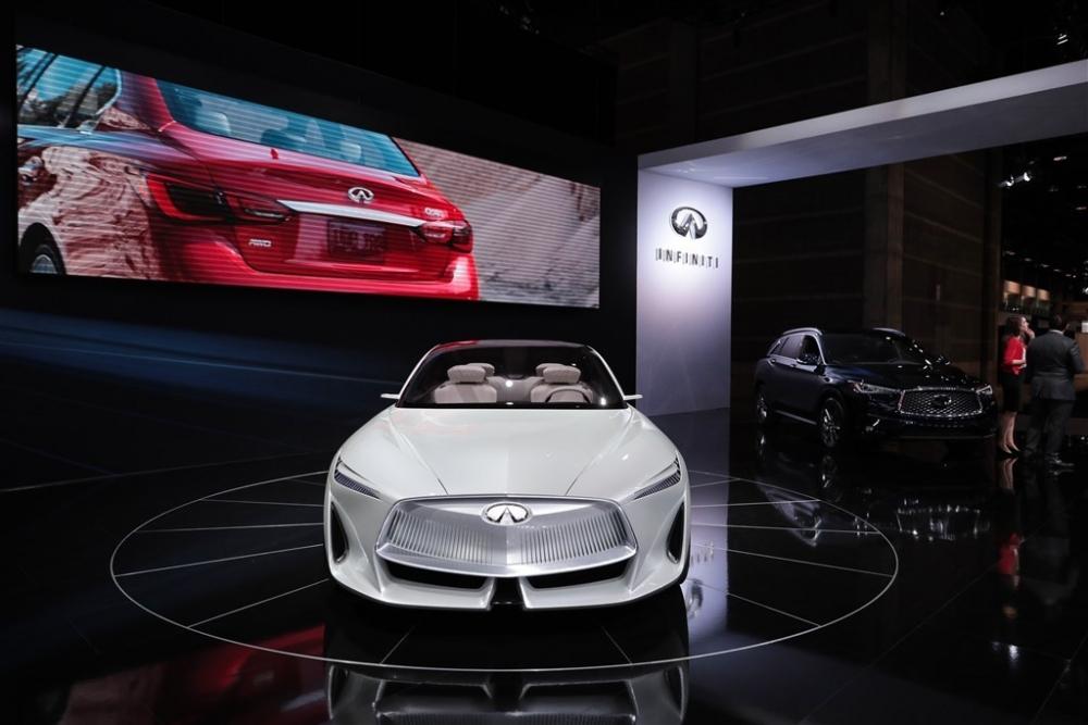 Dünyanın en yeni otomobilleri 2018 galerisi resim 12