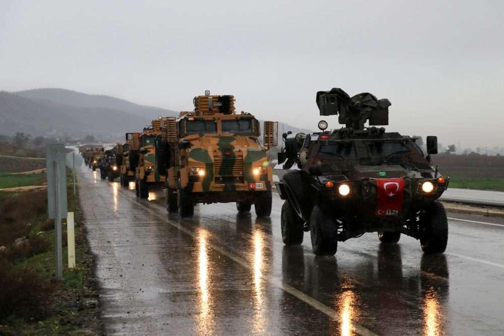 Çok sayıda zırhlı araç Afrin'e girmek için sınıra ulaştı galerisi resim 1