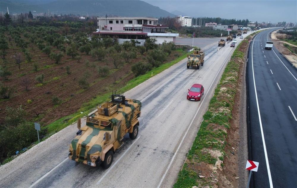 Çok sayıda zırhlı araç Afrin'e girmek için sınıra ulaştı galerisi resim 14