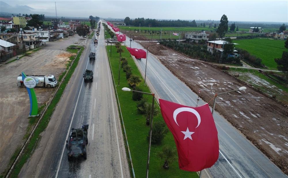 Çok sayıda zırhlı araç Afrin'e girmek için sınıra ulaştı galerisi resim 3