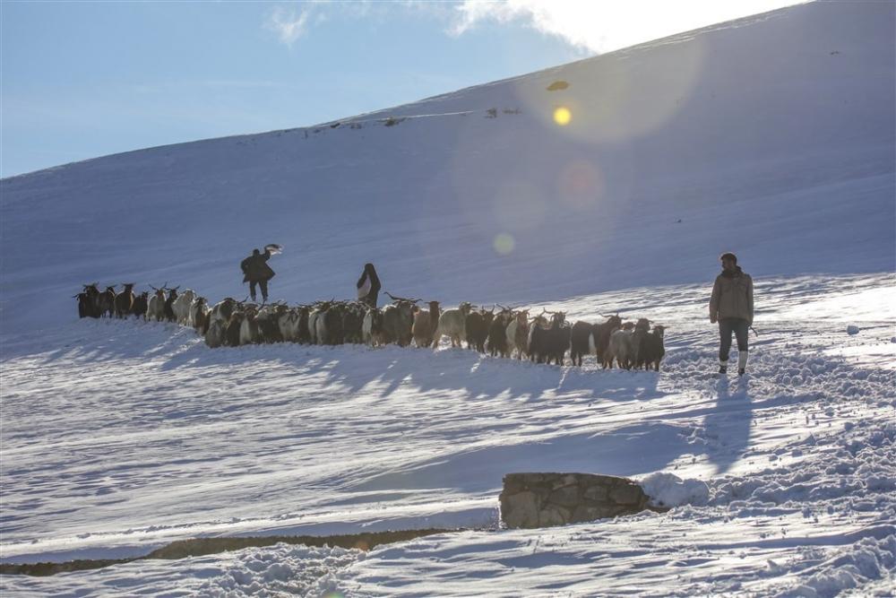 Köylülerin kış mesaisi galerisi resim 3