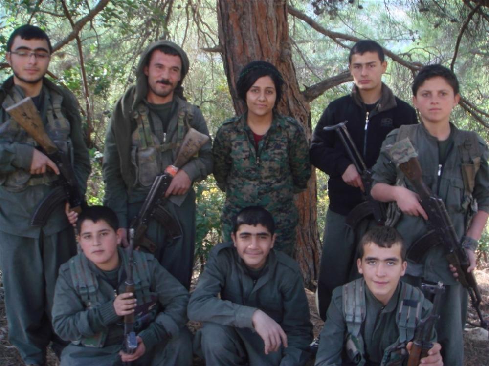 """Hafıza kartlarından YPG/PKK'nın """"çocuk savaşçıları"""" çıktı galerisi resim 12"""
