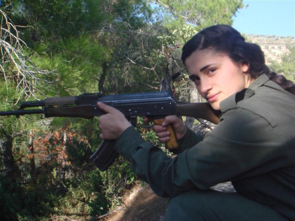 """Hafıza kartlarından YPG/PKK'nın """"çocuk savaşçıları"""" çıktı galerisi resim 2"""