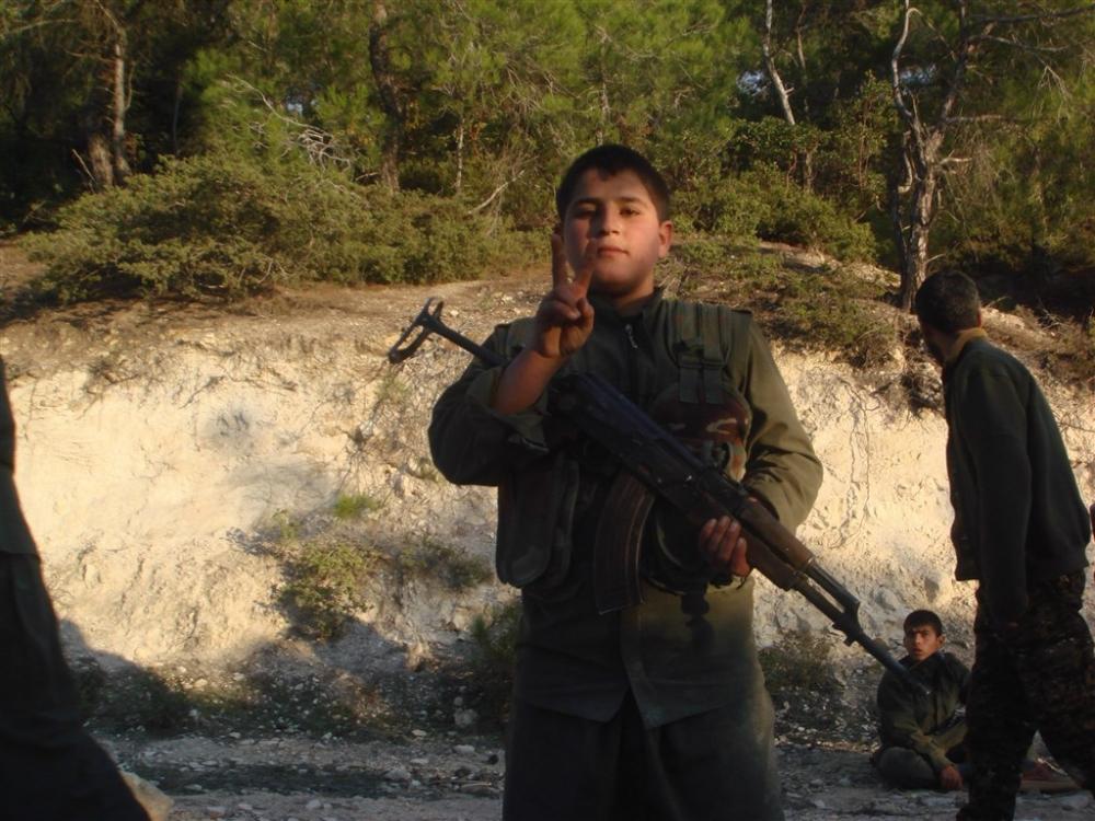 """Hafıza kartlarından YPG/PKK'nın """"çocuk savaşçıları"""" çıktı galerisi resim 4"""