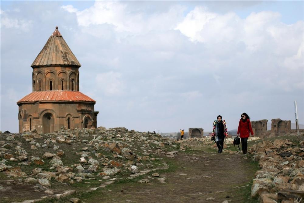 Turistlerin gözdesi 'Ani' her mevsim ayrı güzel galerisi resim 24