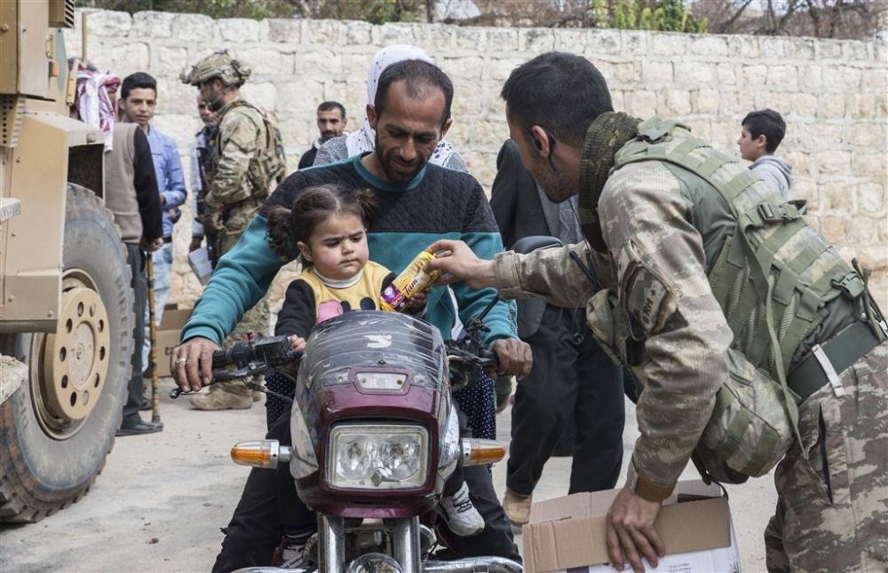 Mehmetçik'e Afrin'de sevgi gösterisi galerisi resim 13
