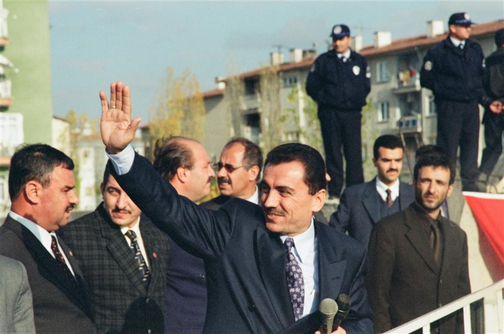 Büyük dava adamı Muhsin Yazıcıoğlu vefatının 10.Yılı! galerisi resim 15