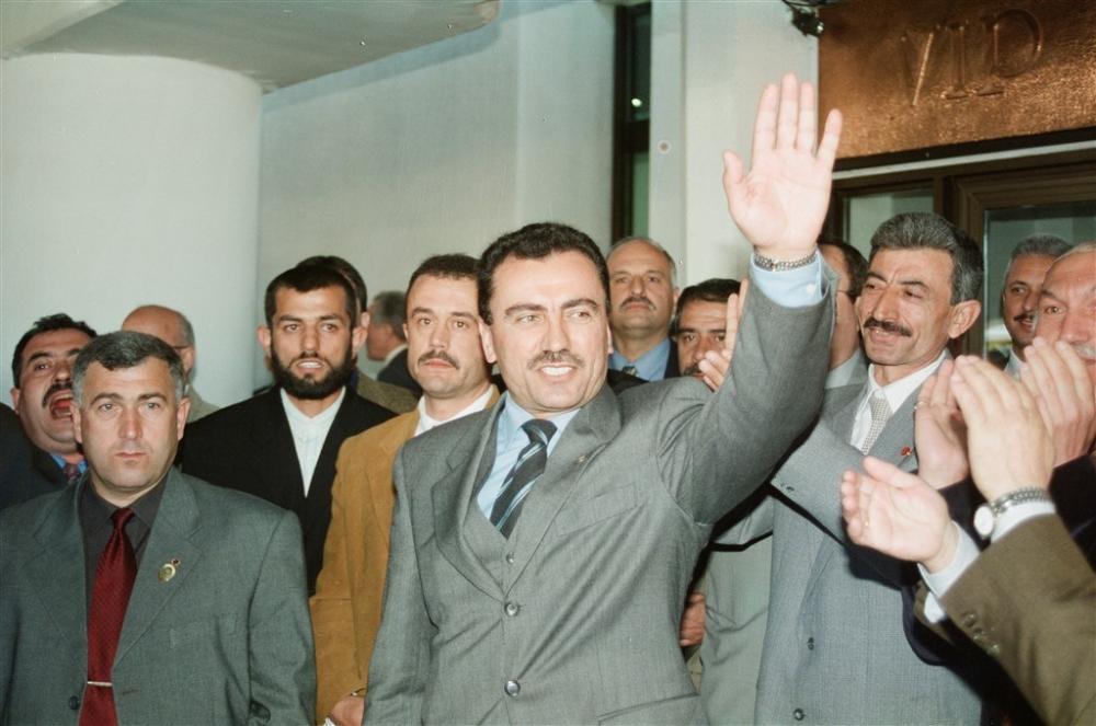 Büyük dava adamı Muhsin Yazıcıoğlu vefatının 10.Yılı! galerisi resim 16