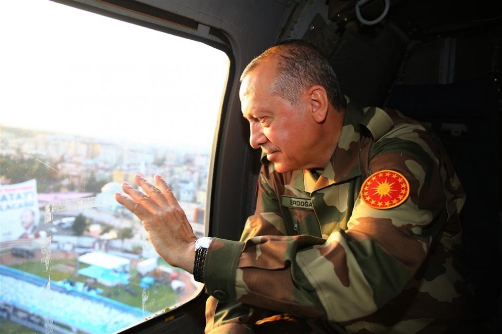 Erdoğan ve ünlü isimler sınırda askere moral verdi galerisi resim 23