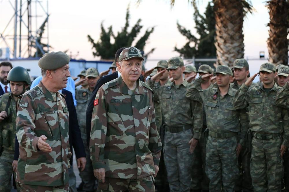 Erdoğan ve ünlü isimler sınırda askere moral verdi galerisi resim 29
