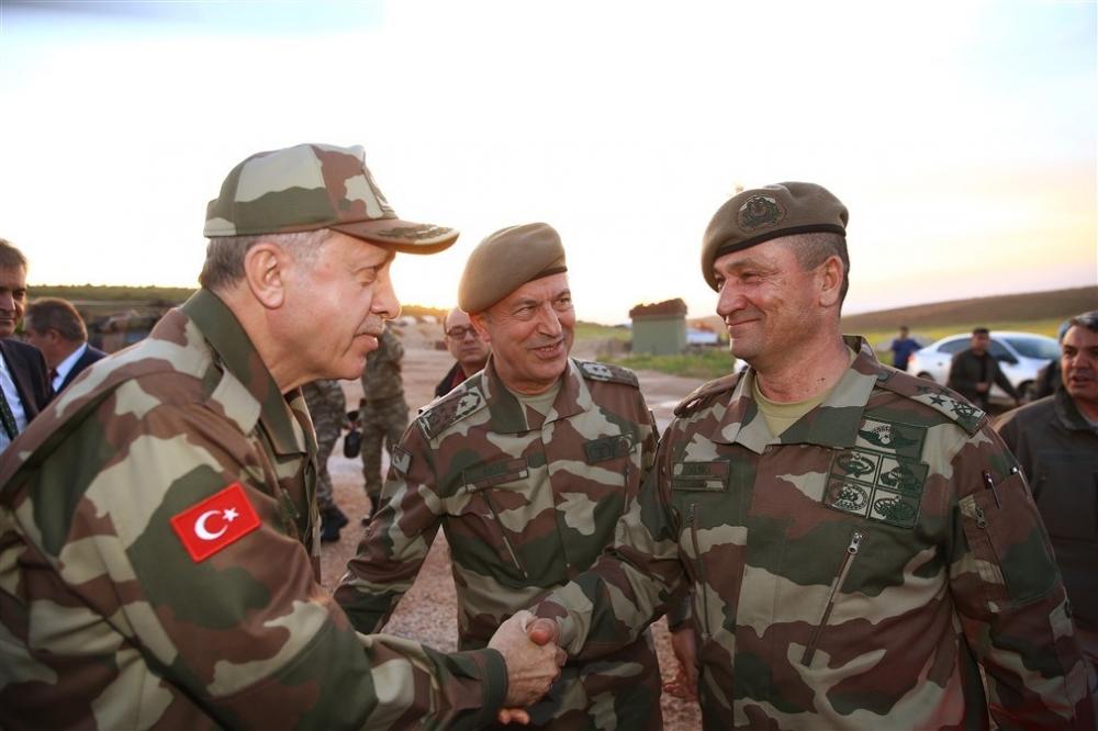 Erdoğan ve ünlü isimler sınırda askere moral verdi galerisi resim 44