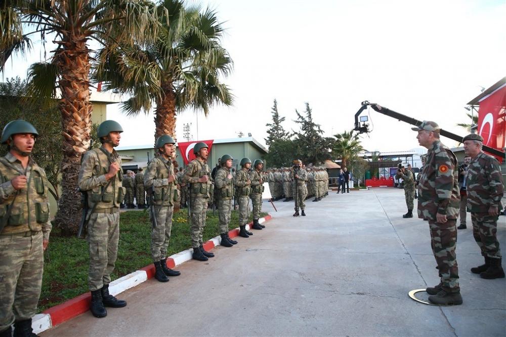 Erdoğan ve ünlü isimler sınırda askere moral verdi galerisi resim 49