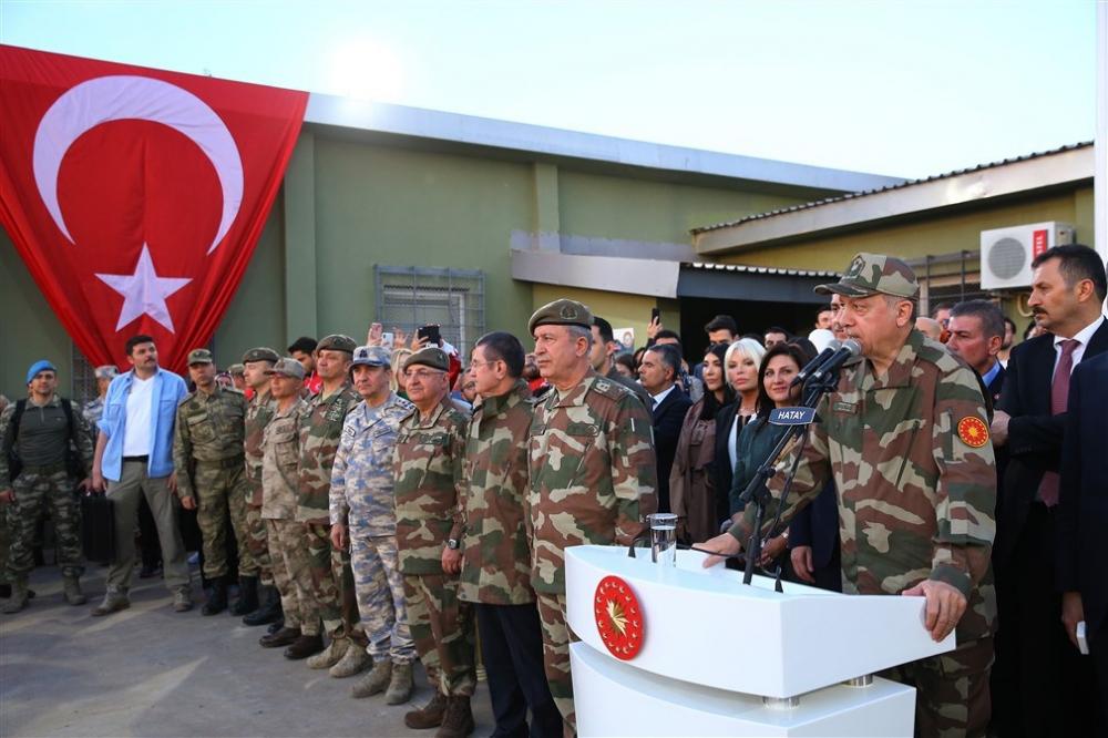Erdoğan ve ünlü isimler sınırda askere moral verdi galerisi resim 54