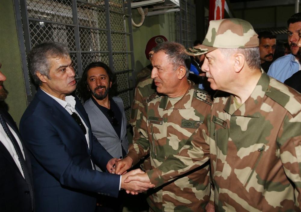 Erdoğan ve ünlü isimler sınırda askere moral verdi galerisi resim 9