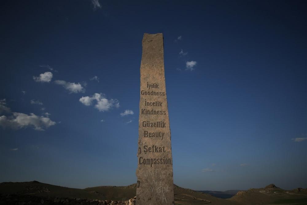 """Kapadokya'nın """"uzaydan görülen"""" heykelleri galerisi resim 4"""