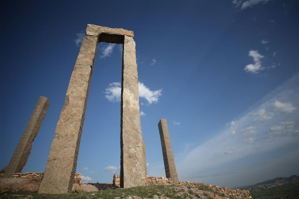 """Kapadokya'nın """"uzaydan görülen"""" heykelleri galerisi resim 6"""