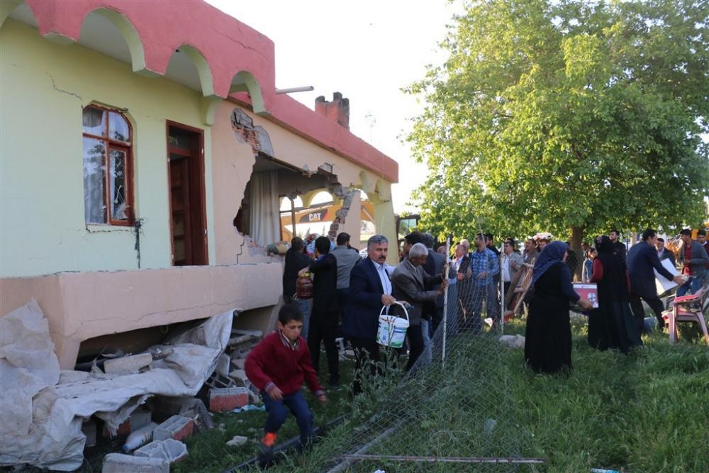 Adıyaman'da 5,1 büyüklüğünde deprem galerisi resim 37