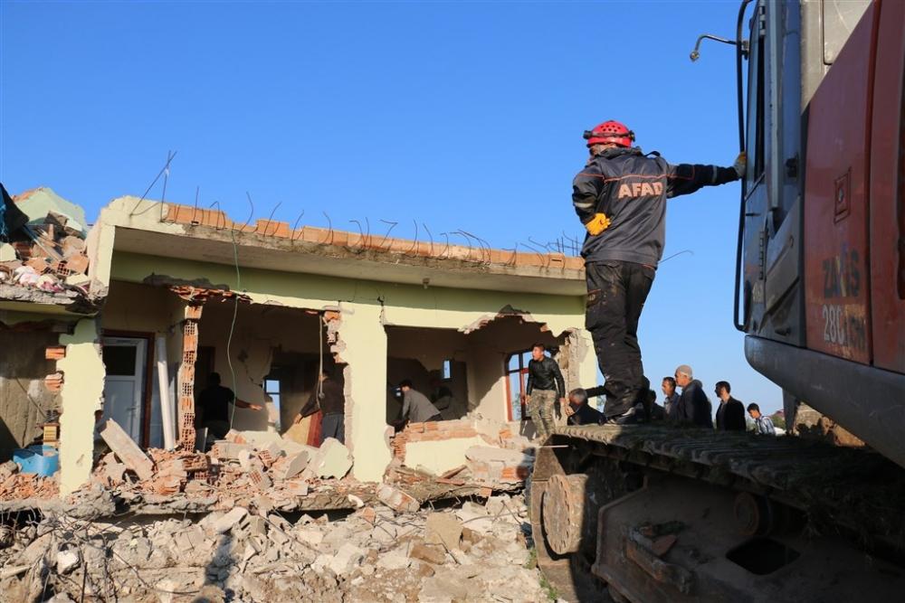 Adıyaman'da 5,1 büyüklüğünde deprem galerisi resim 41