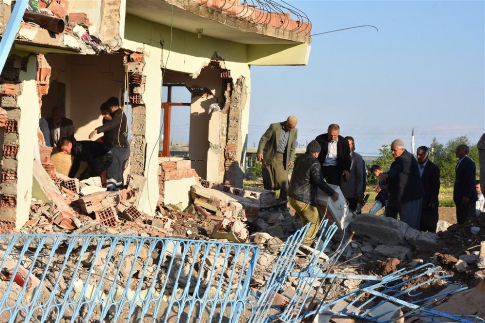 Adıyaman'da 5,1 büyüklüğünde deprem galerisi resim 6