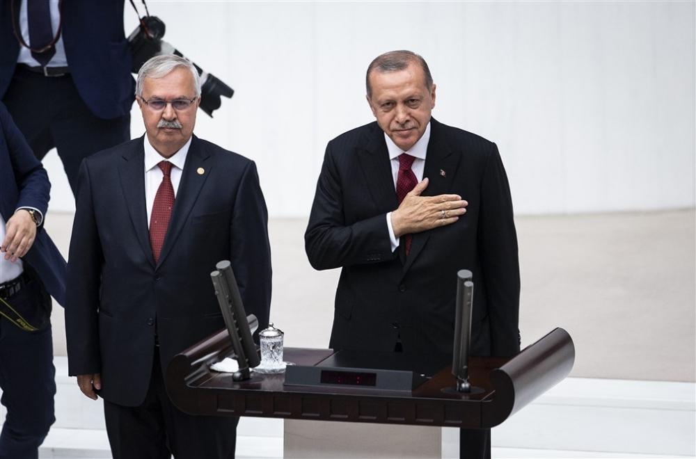 Cumhurbaşkanı Erdoğan Meclis'te yemin etti galerisi resim 1
