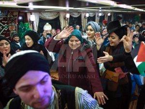 İstanbul Boğazı'nda Arap turistlere özel tekne gezisi