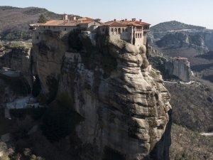 Yunanistan'ın masalsı şehri: Meteora