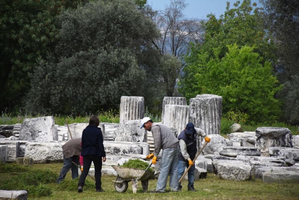 Lagina'nın sütunları ayağa kaldırılıyor galerisi resim 19