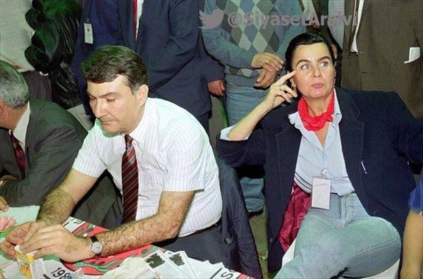 Arşiv fotoğraflarıyla Türkiye siyaseti galerisi resim 24