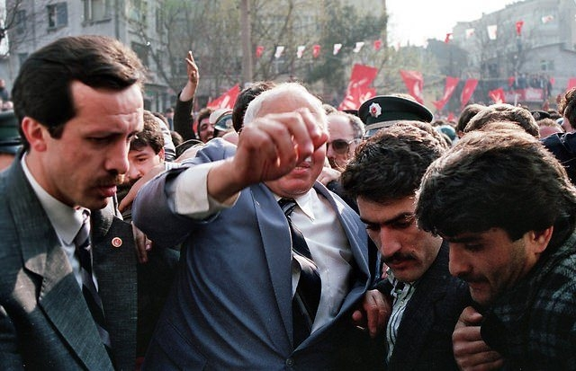 Arşiv fotoğraflarıyla Türkiye siyaseti galerisi resim 40