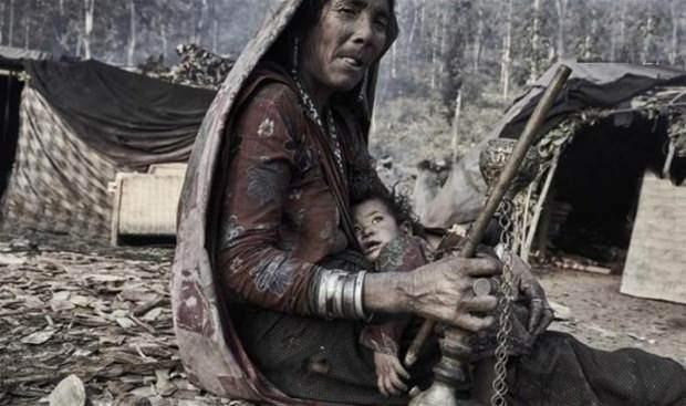 Raute dünyanın en ilkel kabilesi: Kabilede bir öldüğü zaman... galerisi resim 21
