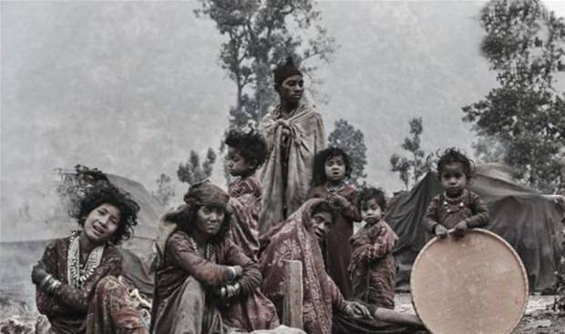 Raute dünyanın en ilkel kabilesi: Kabilede biri öldüğü zaman... galerisi resim 22