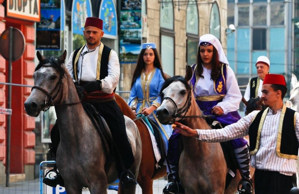 Ayvaz Dede Şenlikleri'ne katılacak atlılar yola çıktı galerisi resim 1