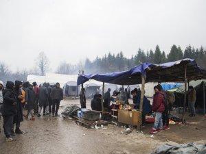 Bosna Hersek'teki düzensiz göçmenlerin yaşam mücadelesi