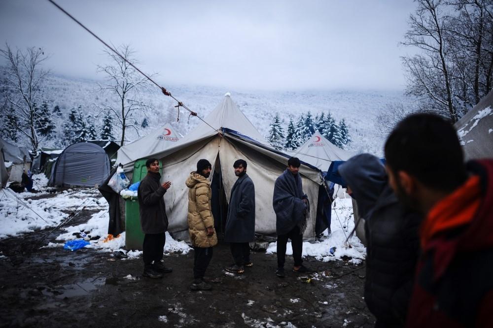 AB kapısında bekleyen göçmenlerin yaşam mücadelesi galerisi resim 1