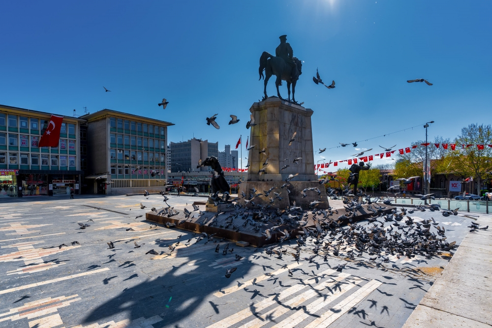 Ünlü fotoğrafçı Dilek UYAR'ın gözünden Ankara'nın boş hali galerisi resim 1