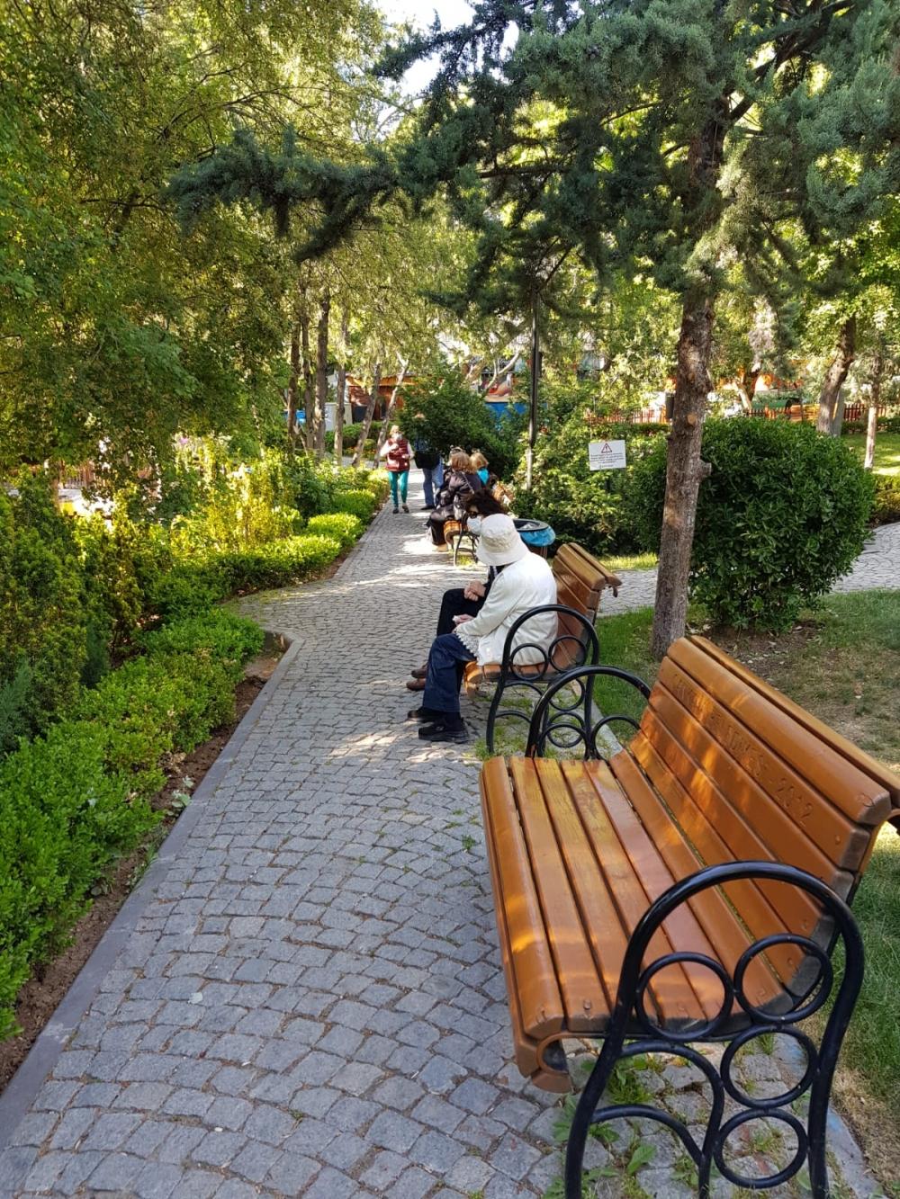 Bayramın 1. Günü 65 yaş parklarda galerisi resim 1