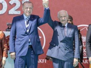 Erdoğan ve Bahçeli Malazgirt Milli Park'ında bir araya geldi