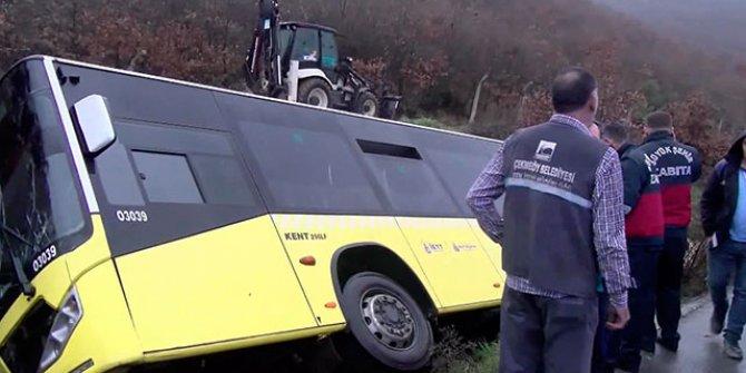 Çekmeköy'de İETT otobüsü yan yattı
