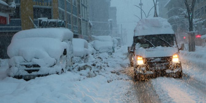 Van, Hakkari ve Adıyaman'ın bazı ilçelerinde eğitime kar engeli
