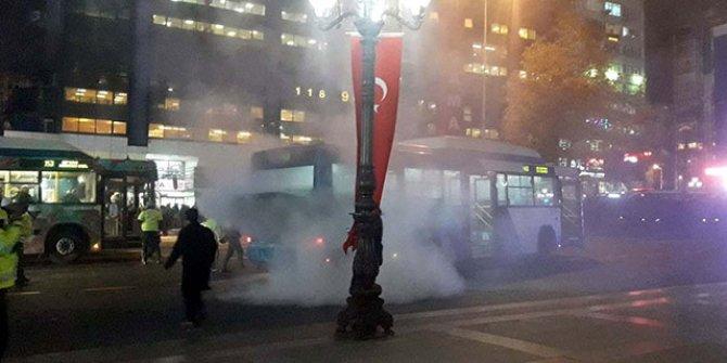 Ankara Kızılay'da otobüs yandı