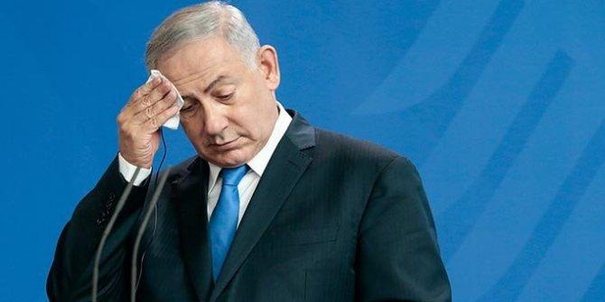 Netanyahu, elindeki bakanlıkları bıraktı