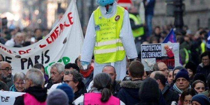 Fransa'nın tarihinde bir rekor: En uzun grev