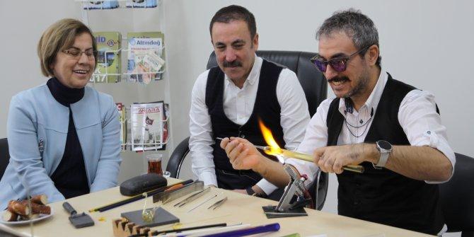Ankara'da cam üfleme sanatı yaşıyor