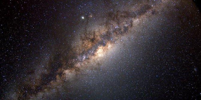 Samanyolu Galaksisi'nde dalga şeklinde devasa bir yapı keşfedildi