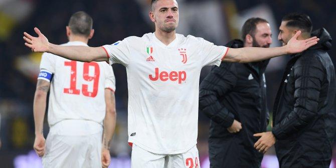 Juventus Roma'yı yenerek liderlik koltuğuna oturdu