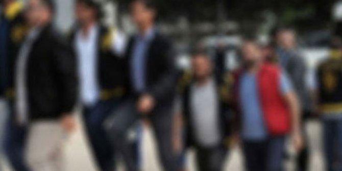 İzmir merkezli FETÖ operasyonunda 115 gözaltı