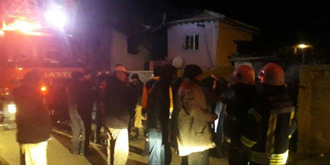 Niğde Ulukışla'da ev yangını: 4 ölü, 3 yaralı