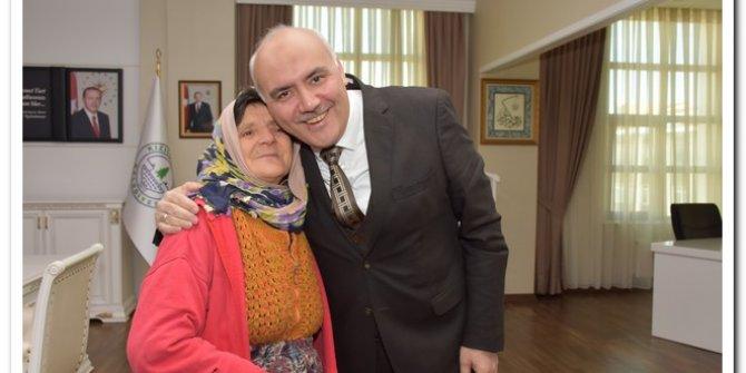Zeynep Teyze'den Kızılcahamam Belediye Başkanı Süleyman Acar'a ziyaret